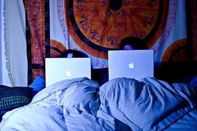 macs-in-bed.jpg