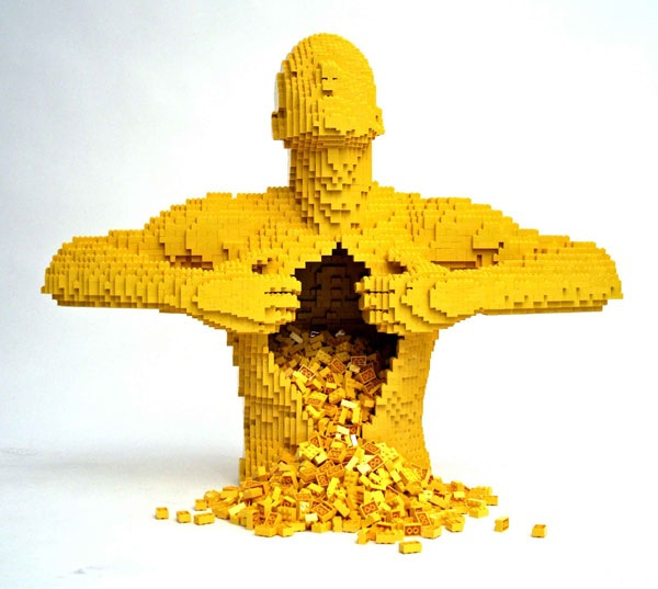 Incredible-LEGO-Art-by-Nathan-Sawaya-Yellow.jpg