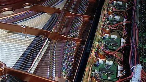 0210_klavier1_n-custom.jpg