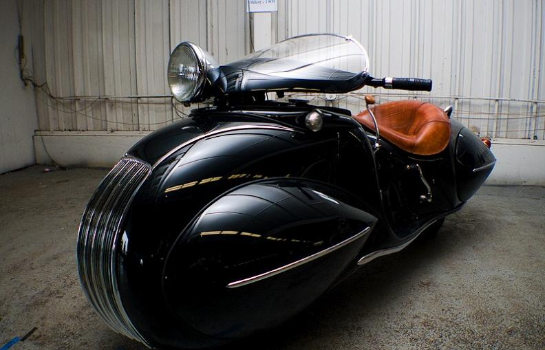 crazy-retro-art-deco-bike.jpg
